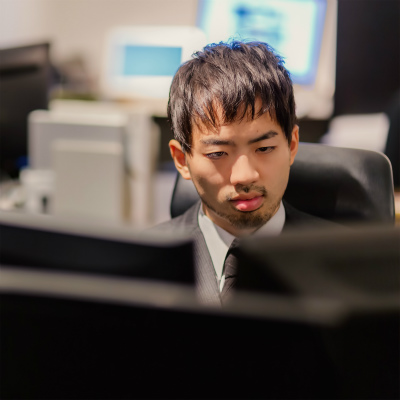 新入社員の4人に1人が「サービス残業」容認 将来の幸福のために「今は我慢」?